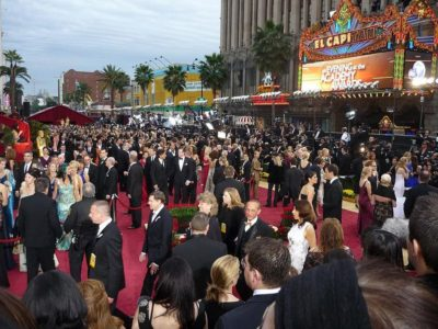 800px-Red_carpet_2009_Academy_Awards.JPG