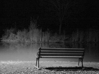760px-lonely_bench.jpg