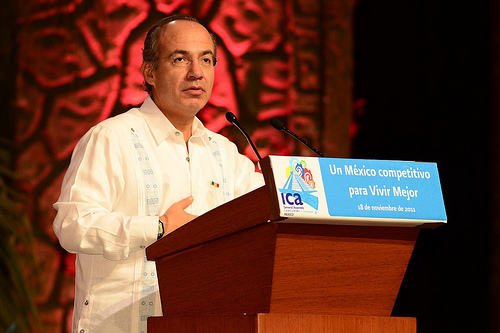 Mexican President Felipe Calderon addresses the ICA General Assembly