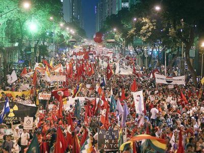 rio20_alternative_protest.jpg