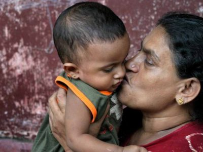 sri-lankan-woman-and-child.jpg